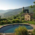 stays in luxury farmhouses
